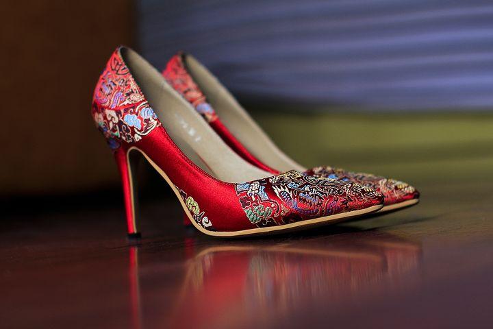 Des chaussures qui brillent: too much ou génial?